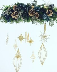 Flying Wreath ( Gold)