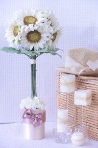 white Sun Flower Topiary